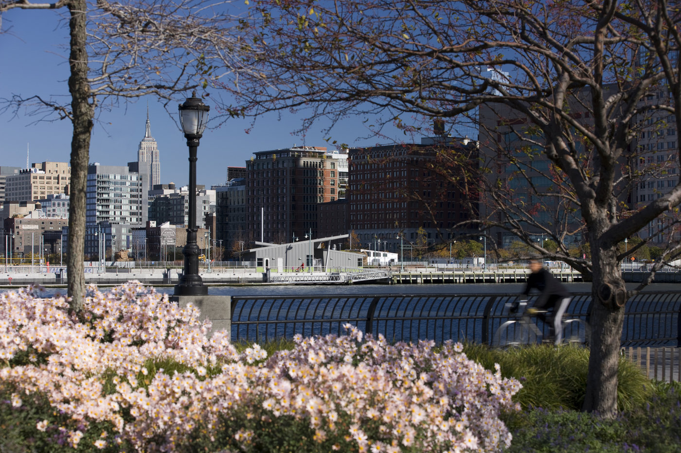 Hudson River Park Activity Buildings
